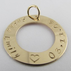 Family Circle Classical - Gold Filled | Rolled Gold Personalised Pendant